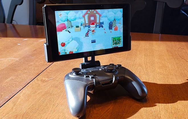 Fixture S1: The Original Pro Controller Clip Mount for the Nintendo Switch