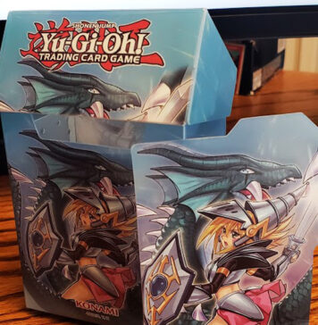 Dark Magician Girl the Dragon Knight Card Case!