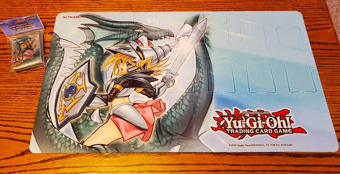 Dark-Magician-Girl-the-Dragon-Knight-Playmat