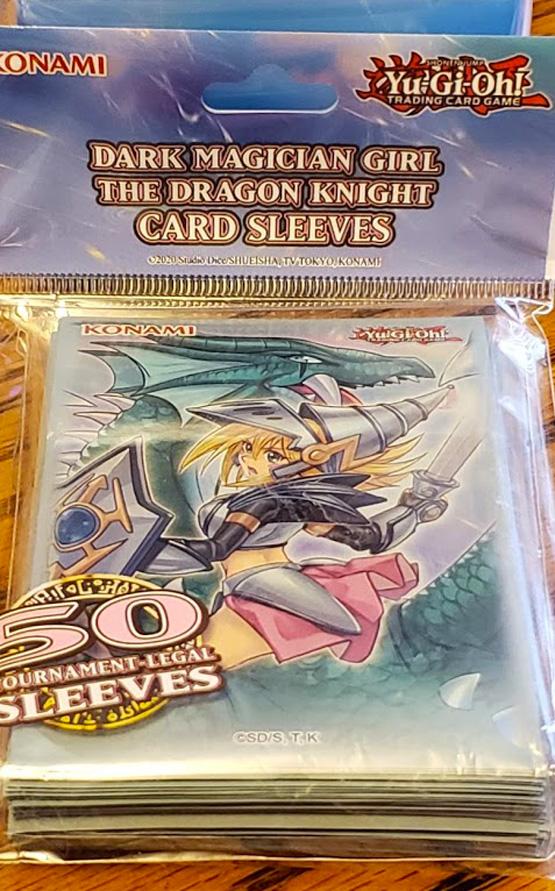Dark-Magician-Girl-the-Dragon-Knight-Sleeves